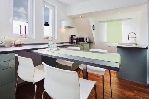 Küche mit Essbar - Ferienwohnung Domblick