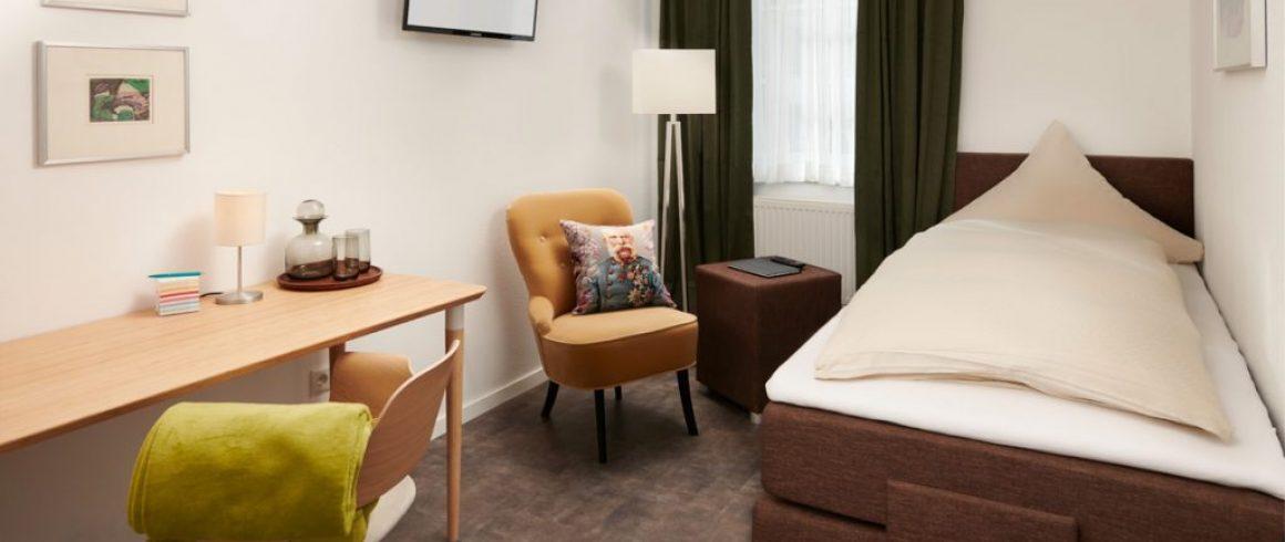 Schlafen, Arbeiten, Entspannen im Mini Apartment